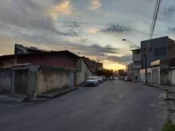 Casa com 5 dormitórios à venda, 250 m² por R$ 420.000 - Jóquei Clube - Fortaleza/CE