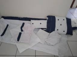 Vendo kit berço azul e branco