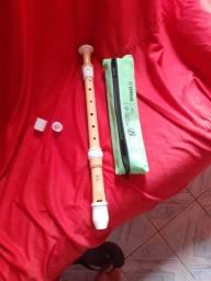 Flauta doce contralto Yamaha yra-402b profissional