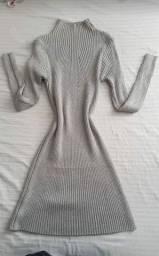 Vestido branco tm p/M R$50 vestido manga comprida tm p/M R$70