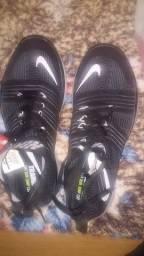 Nike 42 cano médio novo