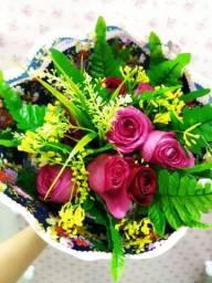 Título do anúncio: Lindosss Buque de rosas a pronta entrega?