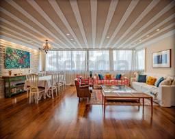 Apartamento de 245m², deslumbrante, na excepcional Rua Souza Lima (Posto 6), distante 50 m