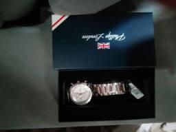 Título do anúncio: Relógio F. Perry silver