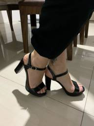 Sandália Via Marte tamanho 35 semi-nova