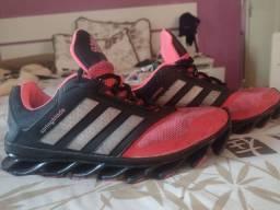 Tênis Adidas Springblade n°38