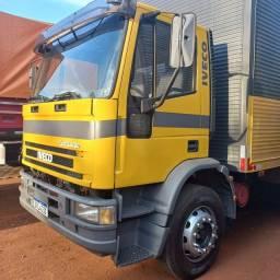 Título do anúncio: Iveco truck eurocargo 170e21 ano 2005/2005