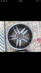 Título do anúncio: Vendo roda aro 22 com pneus