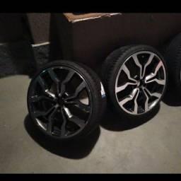 Título do anúncio: Vendo roda 19 com pneu