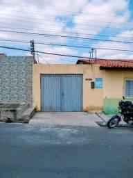 Título do anúncio: Casa para Locação em Teresina, TRÊS ANDARES, 2 dormitórios, 1 banheiro, 1 vaga