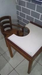 Mesinha e cadeira infantil