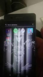 Celular xperia XA, tela danificada