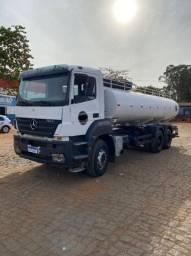 Título do anúncio: Caminhão pipa traçado 20 mil litros
