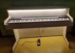 Título do anúncio: PIANO ELETRÔNICO CASIO CDP 130 SEMI NOVO COM PEDAL