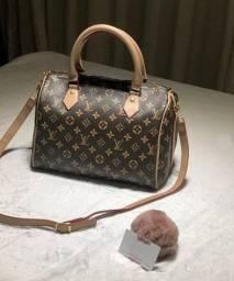 Título do anúncio: Bolsa Baú Louis Vuitton