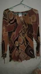 Título do anúncio: Duas blusas tecido fino Tam M