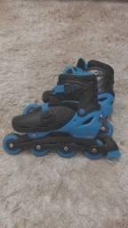 Título do anúncio: Roller azul em bom estado