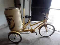 Triciclo com cooler  Skol
