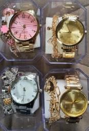 Relógio Unissex com pulseira e pilha de brinde