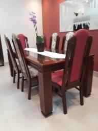 Mesa Madeira Maciça com 8 cadeiras