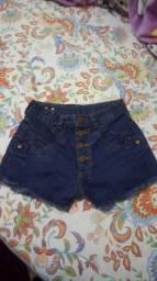 Shorts e blusa