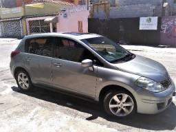 Nissan Tida 2010 SI Flex - 2010