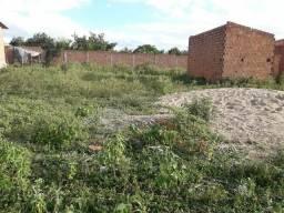 Vende-se ou troca-se dois terrenos em Arapiraca-AL no bairro Arnon de melo