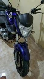 Vendo moto cb 300 - 2011