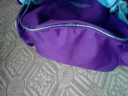 Vendo bolsa escolar da Frozen Simi nova, ta novinha