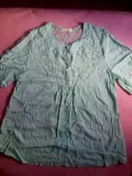 Camiseta bata tecido