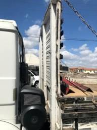 Carroceria caminhão