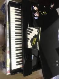 Mini piano Michael
