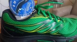 Tênis Salomon para corrida e caminhada
