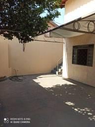 Casa Aluguel r$ 1200 Bairro Santo antônio próximo CMO