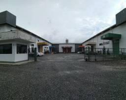 Galpão industrial em condomínio 440 m²