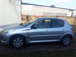 Carro Peugeot - 2011
