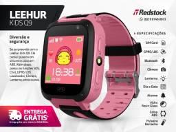 3x S/J | Entrega Grátis | 10% de Desc. à vista * Relógio Kids GPRs SOS Câmera Chat - Rosa