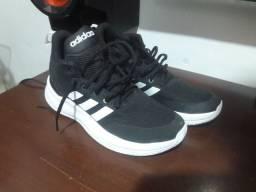 Tênis Adidas Cloudfoam