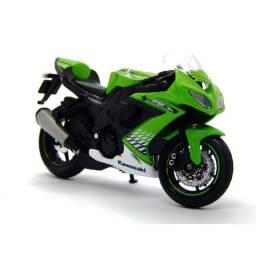 Miniatura Da Moto Kawasaki Ninja Na Escala 1:18