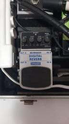 Pedal Digital Reverb Behringer