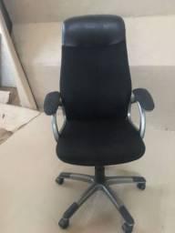 Título do anúncio: cadeira presidentes escritório giratória
