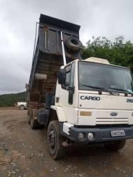 Título do anúncio: Ford Cargo 2628 6x4 basculante com ar condicionado