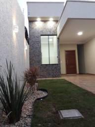 Título do anúncio: Casa com 3 quartos sendo 1 suite, perfeito acabamento, garagem coberta . Otima Localização