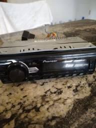 Título do anúncio: Rádio som Pioneer com USB , chicote e trava