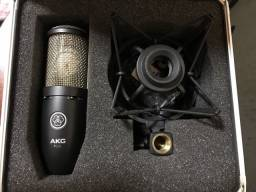 Título do anúncio: Microfone condensador Akg p220