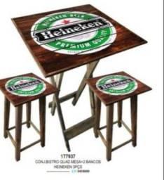 Mesa bistrô Heineken com bancos. Entrega grátis em toda Macaé.
