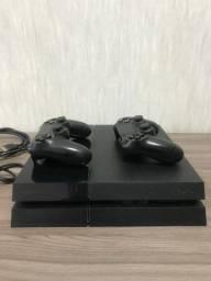 Título do anúncio: Playstation 4 (ps4) 500gb Standard 2 Jogos E 2 Controles