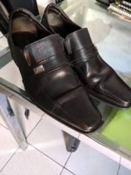Sapato social democrata  número 41/42