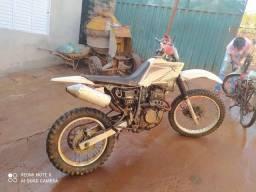Título do anúncio: Moto trilha Sahara 350cc
