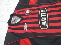Título do anúncio: Camisa clube atletico paranaense, tamanho g.